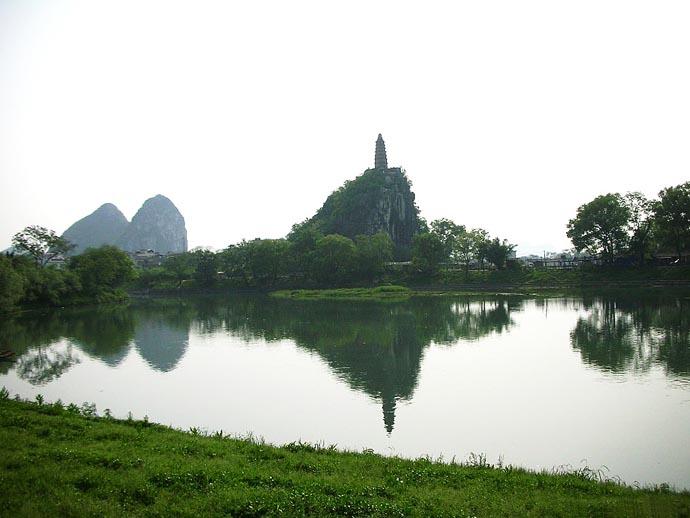 桂林景点景区-塔山清影