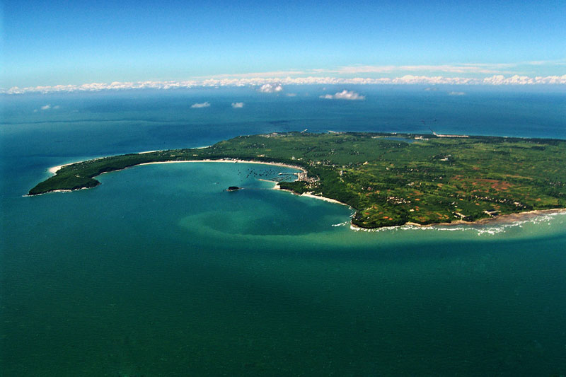 桂林旅游景点:北海涠洲岛4