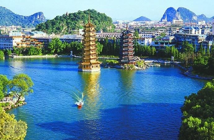 桂林景点景区-日月双塔